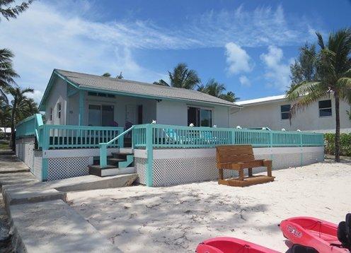 Ten Bay Beach Cottage - Waterfront